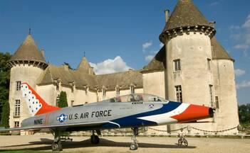 Château de Savigny-les-Beaune, Aircraft