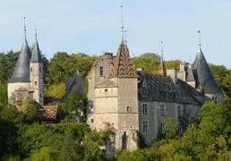 Château de la Rochepot nearby Nolay