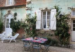 House rental near Beaune in Burgundy