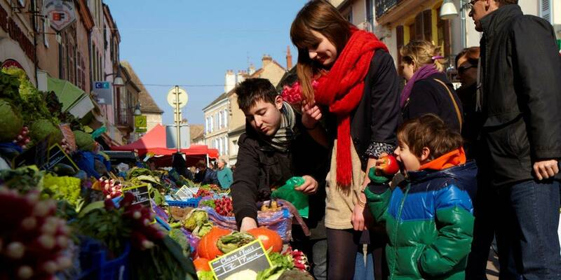 Food market in Chagny