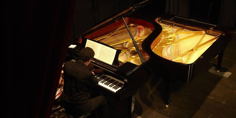 Théâtre des Copiaus concert piano © Studio Piffaut