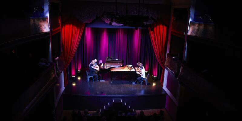 Théâtre des Copiaus concert deux pianos © Studio Piffaut