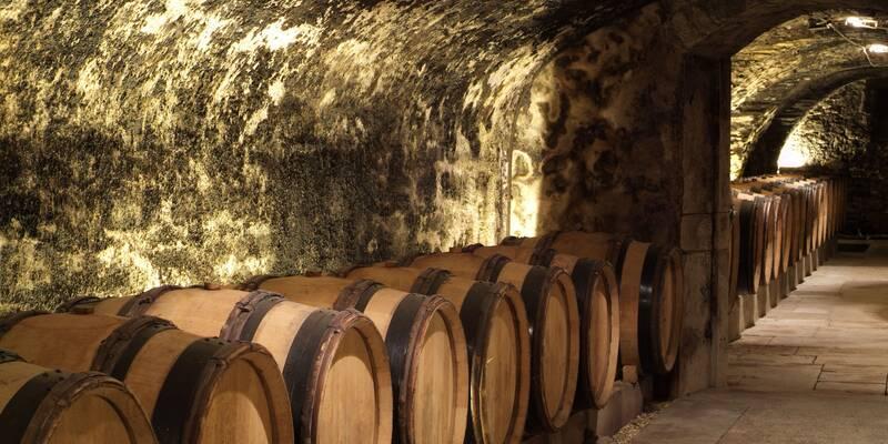 15th Century Cellars - Hospices de Beaune © Francis Vauban
