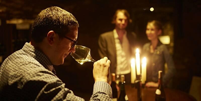Wine Tasting © M. Joly
