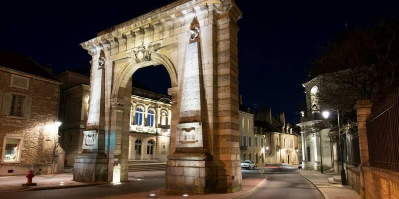 Porte Saint Nicolas-Beaune ©M.Joly