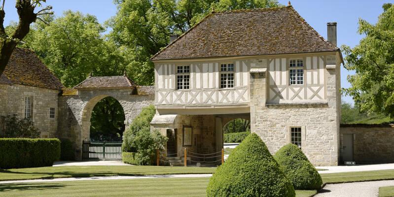 Fontenay Abbey_Gatehouse ©Fréderic Dupin