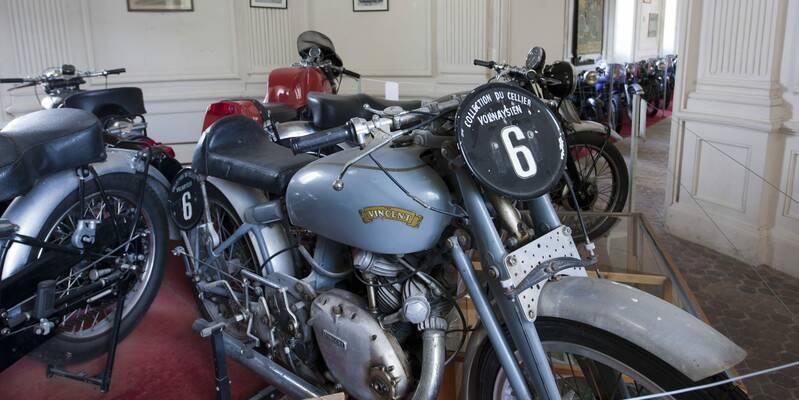 Motorcycles - Château de Savigny-les-Beaune
