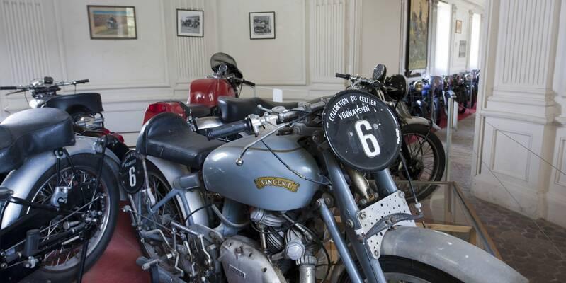 Motorbikes - Château de Savigny-les-Beaune