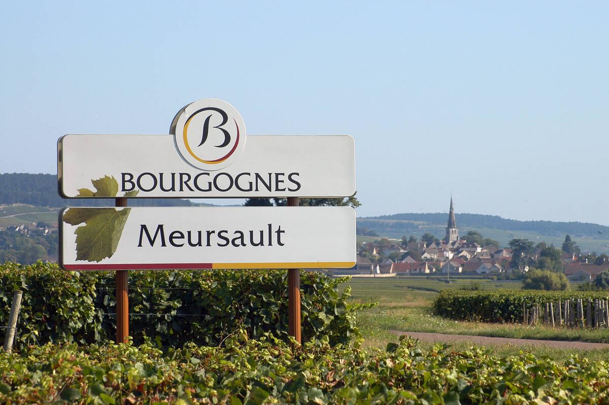Meursault Wine Village And Ch 226 Teau De Meursault