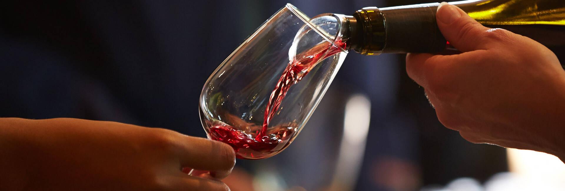 Wine Tasting in Beaune, Meursault, Chagny, Nolay, Santenay, Savigny-les-Beaune © Studio Piffaut