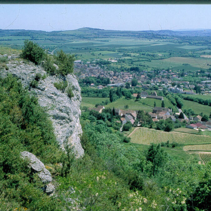 Nolay Cliffs